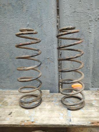 Продам задние пружины Вольво-850;S70