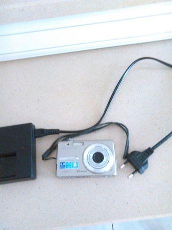 Máquina Fotográfica Olympus 8 Megapixels para PEÇAS