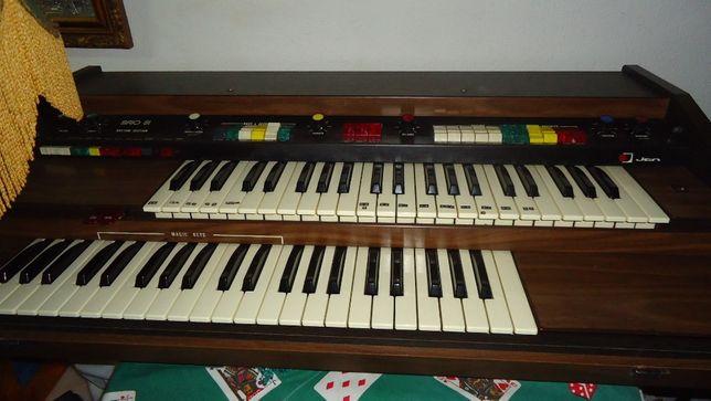 Teclado /Instrumento Musical / Órgão