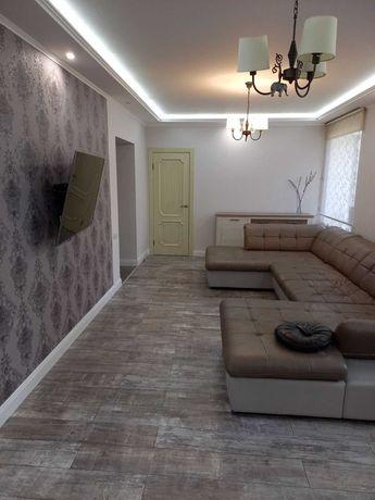 Продам шикарную 2-комн. полнометр. кв. с евроремонтом+мебель+техника