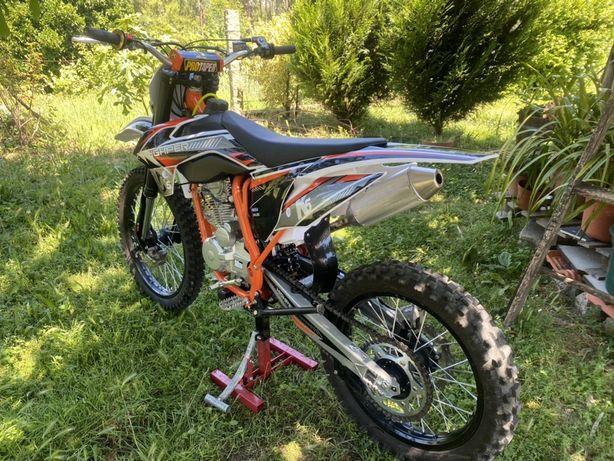 250cc motocross ACEITO TROCA