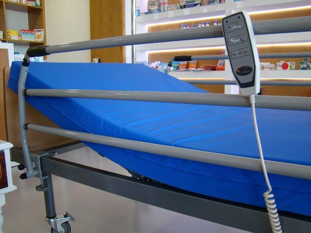 Cama hospitalar articulada eléctrica com colchão anti-escaras