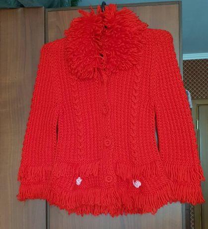 Детская Красная вязаная кофта