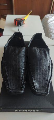 Кожаные туфли Bolero 39 р 26 см