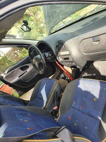 Citroen saxo 2001 diesel 5 lugares
