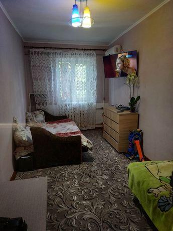 Продажа комнаты в коммуне, 13 кв.м., ул. Космонавтов 10-й квартал