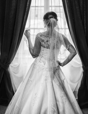 Piękna suknia ślubna *haftowana*kryształki*