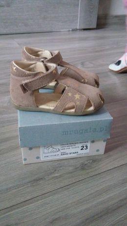 Sandałki Mrugała rozmiar 23
