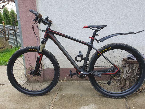 Велосипед Focus Raven 650B Carbon