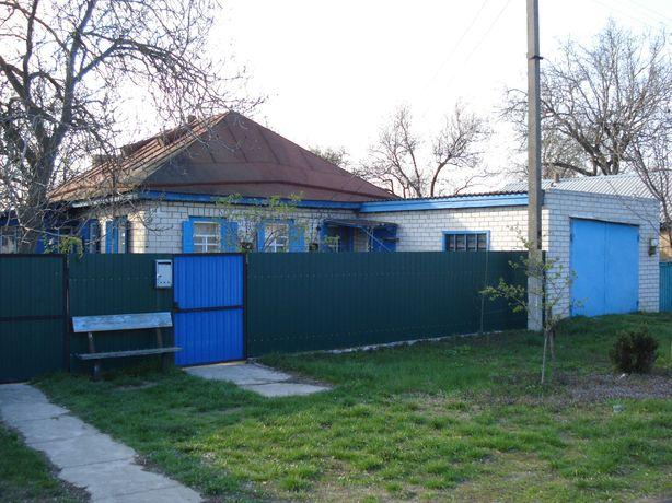 Будинок та житлова времянка в селі Сагунівка, біля річки Дніпро
