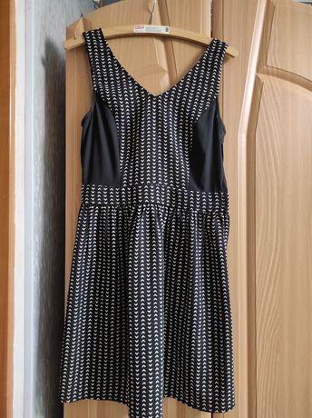 Продам 3 платья за 200 грн