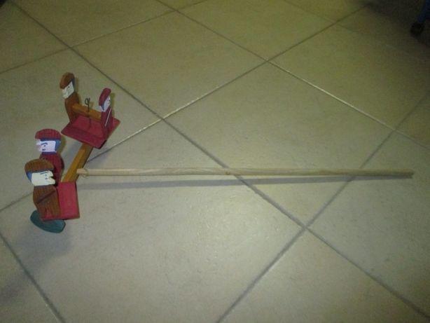Brinquedo antigo madeira fabrico portugues