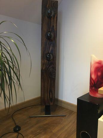Lampy z litego drewna