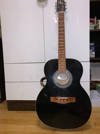 Выгодное предложение Акустическая гитара 6 струн Renome