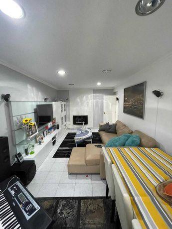 Apartamento T3 107m2 - Parede - Renovado 5 minutos praia Carcavelos
