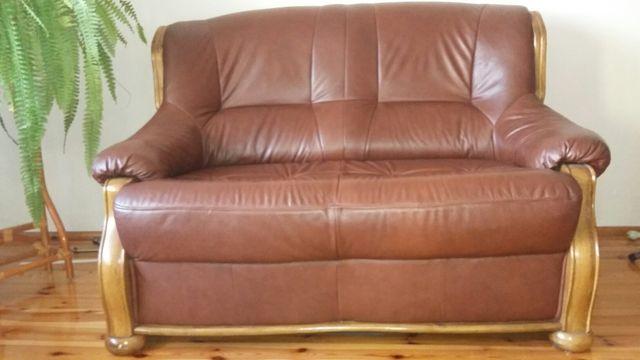 Skórzana sofa dwuosobowa