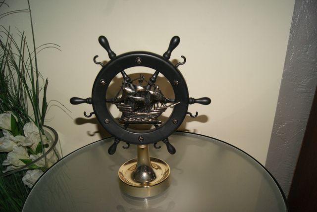 Koło marynarskie statuetka