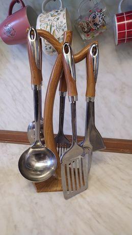 Набор кухонных принадлежностей (за вашу цену)