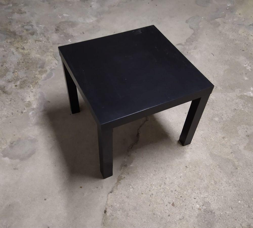 Mesa em preto - IKEA