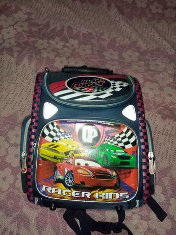 Продам портфель, рюкзак, ранец для мальчика