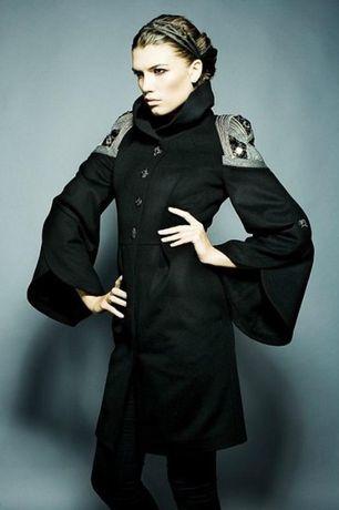 Шерстяное пальто Raslov