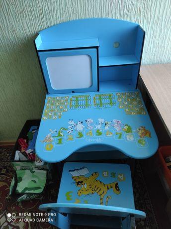 Парта детская, стол, стул