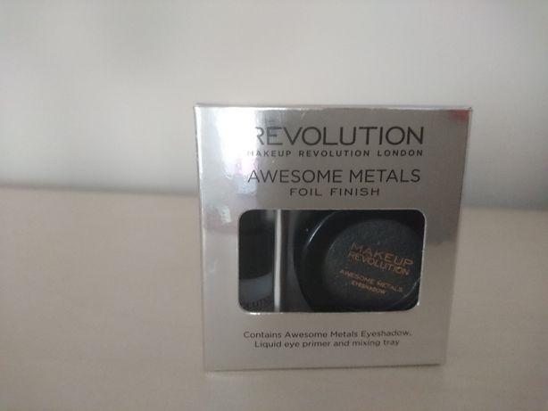 Cień foliowy Makeup Revolution
