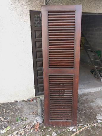 Janelas/portadas em madeira
