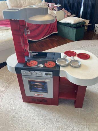 Детская кухня Miele