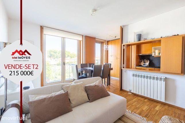 Apartamento T2 Duplex | Norteshopping | Metro | 2 Lug Garagem