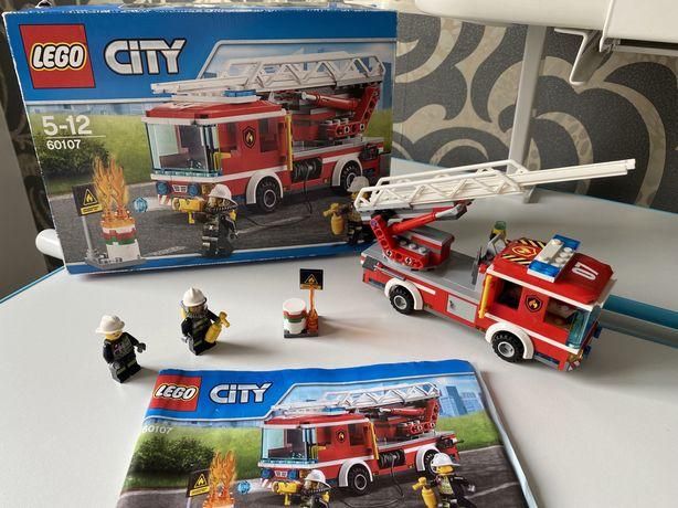 Конструктор Lego City Пожарная Машина С Лестницей (60107)