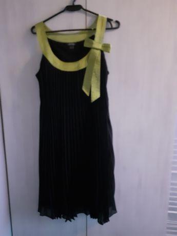 Sukienka dressbarn czarna z kokardą plisowana