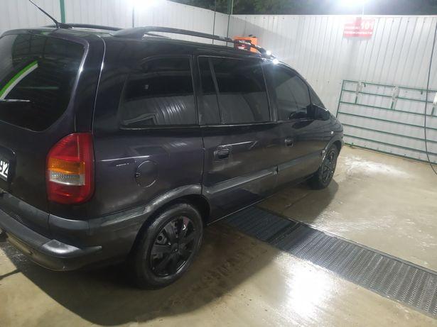 Opel zafira A  2002