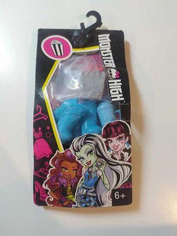 Zestaw dodatków / dodatki / ubrania / akcesoria do lalek Monster High