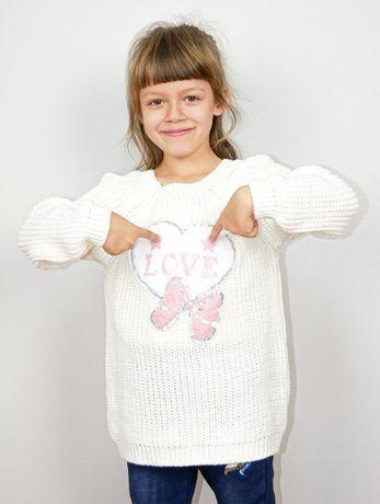Sweterek śnieżny cieplutki