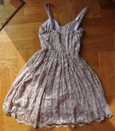 Śliczna różowa pudrowa koronkowa sukienka ASOS 36