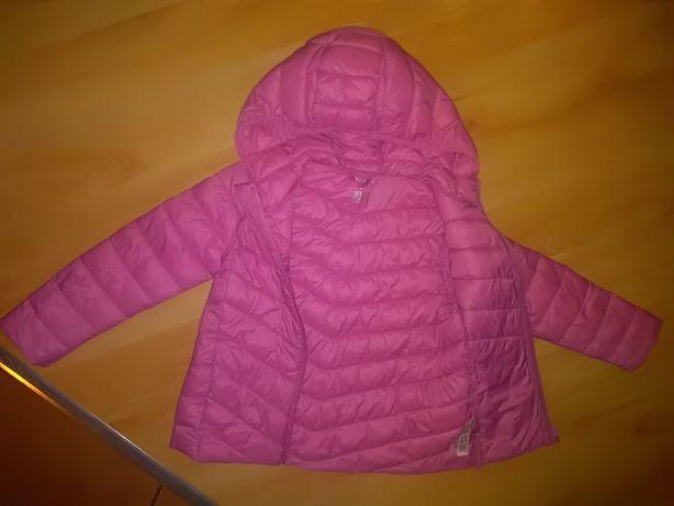 wiosenna pikowana lekka kurtka z kapturem firmy DUNNES na 92-98cm
