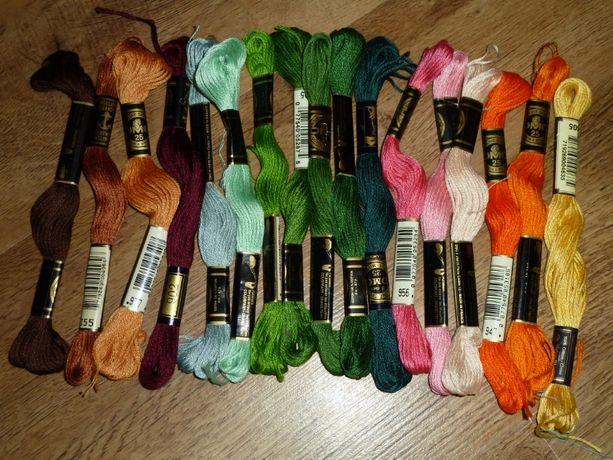 Нитки для вышивания, новые, сделаны во Франции 17 мотков