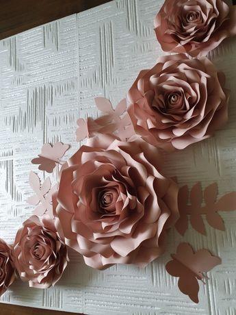 Róże z papieru Chanel