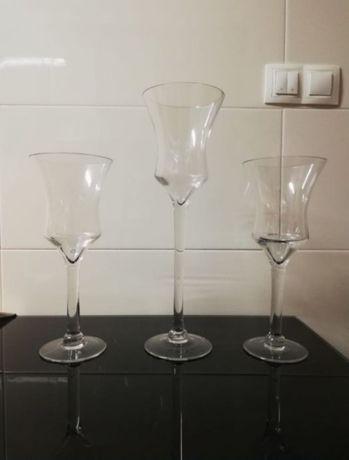Castiçais de vidro