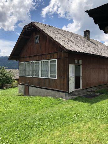 Продається будинок із земельною ділянкою!