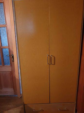 шкаф в спальню или прихожую. БЕСПЛАТНО