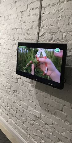 "Продам телевизор LG 32"""