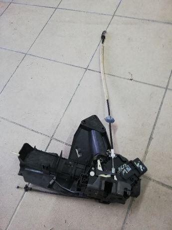 ZAMEK Drzwi lewy przód, zderzak części FORD C-MAX