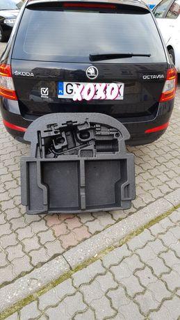 Styropianowe wypełnienie bagażnika Skoda Octavia III kombi