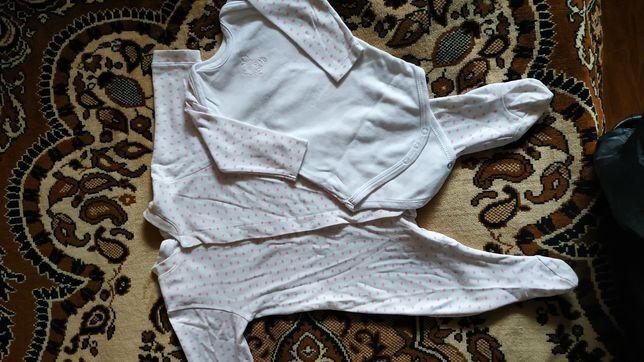 Набір одягу на дівчинку