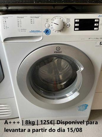Máquina de lavar roupa / Secar roupa