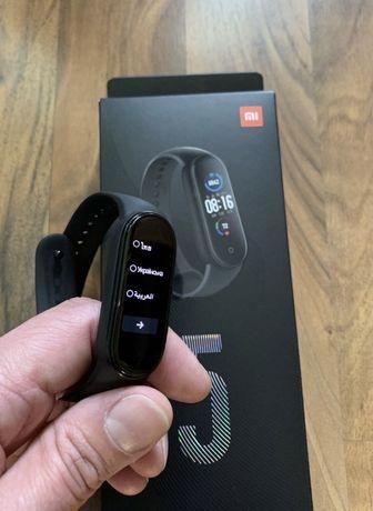 Продам Xiaomi mi band 5