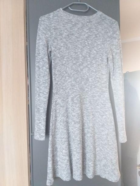 Sukienka szara dzianinowa c&a 34/xs