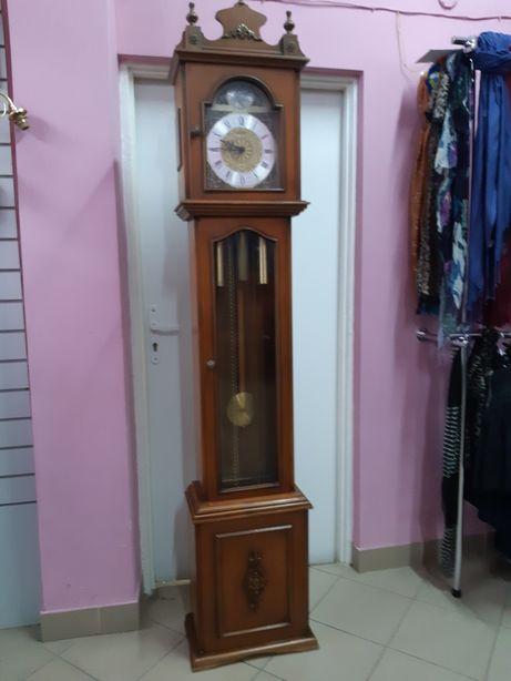 Zegar podłogowy mechaniczny kwadransiak